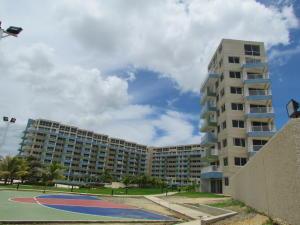 Apartamento En Ventaen Higuerote, Agua Sal, Venezuela, VE RAH: 20-16572