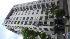 Apartamento En Ventaen Caracas, Las Delicias De Sabana Grande, Venezuela, VE RAH: 20-12138