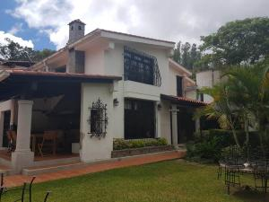 Casa En Ventaen Caracas, Prados Del Este, Venezuela, VE RAH: 20-16666