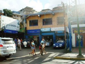 Edificio En Ventaen Caracas, Parroquia Santa Rosalia, Venezuela, VE RAH: 20-16690