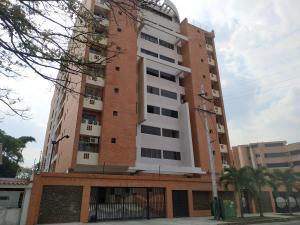 Apartamento En Ventaen Valencia, Trigal Sur, Venezuela, VE RAH: 20-14777
