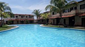 Townhouse En Ventaen Higuerote, Higuerote, Venezuela, VE RAH: 20-16752