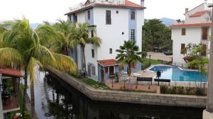 Apartamento En Ventaen Lecheria, Complejo Turistico El Morro, Venezuela, VE RAH: 20-16825
