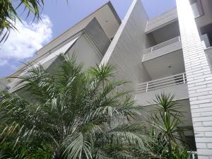Apartamento En Ventaen Caracas, Los Palos Grandes, Venezuela, VE RAH: 20-16899
