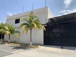Terreno En Ventaen Parroquia Caraballeda, Los Corales, Venezuela, VE RAH: 20-16925