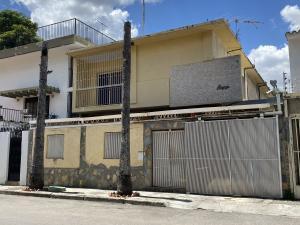 Casa En Ventaen Caracas, La California Sur, Venezuela, VE RAH: 20-16937