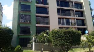 Apartamento En Ventaen Guatire, Solanas Del Avila, Venezuela, VE RAH: 20-16969