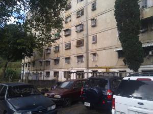Apartamento En Ventaen Caracas, Caricuao, Venezuela, VE RAH: 20-16974