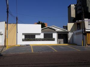 Local Comercial En Alquileren Maracaibo, Tierra Negra, Venezuela, VE RAH: 20-17023
