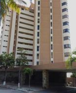 Apartamento En Ventaen Catia La Mar, Playa Grande, Venezuela, VE RAH: 20-17087