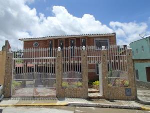 Casa En Ventaen Charallave, Colinas De Betania, Venezuela, VE RAH: 20-17127