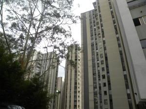 Apartamento En Ventaen San Antonio De Los Altos, Los Salias, Venezuela, VE RAH: 20-17150