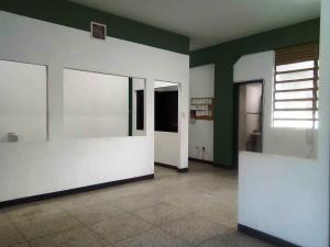 Oficina En Alquileren Caracas, Parroquia Catedral, Venezuela, VE RAH: 20-17155