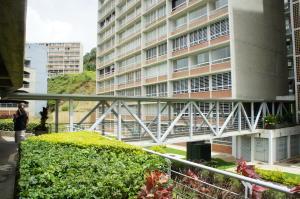 Apartamento En Ventaen Caracas, El Encantado, Venezuela, VE RAH: 20-17211