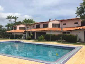 Apartamento En Ventaen Rio Chico, Los Canales De Rio Chico, Venezuela, VE RAH: 20-17303