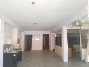Local Comercial En Alquileren Maracaibo, Dr Portillo, Venezuela, VE RAH: 20-17443