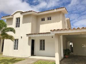 Casa En Ventaen El Tigre, Pueblo Nuevo Sur, Venezuela, VE RAH: 20-17977