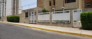 Apartamento En Alquileren Maracaibo, Calle 72, Venezuela, VE RAH: 20-17568