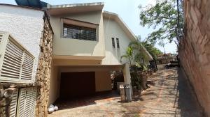 Casa En Ventaen Valencia, Colinas De Guataparo, Venezuela, VE RAH: 20-17519