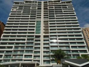 Apartamento En Ventaen Valencia, La Trigaleña, Venezuela, VE RAH: 20-17603