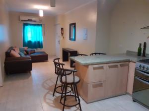 Apartamento En Alquileren Ciudad Ojeda, Bermudez, Venezuela, VE RAH: 20-17621