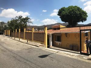 Casa En Alquileren Caracas, Prados Del Este, Venezuela, VE RAH: 20-17511
