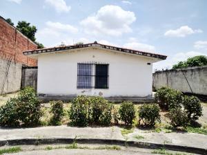Casa En Ventaen Valencia, Flor Amarillo, Venezuela, VE RAH: 20-17822