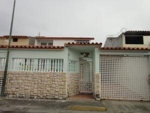 Casa En Ventaen Guatire, El Castillejo, Venezuela, VE RAH: 20-18394