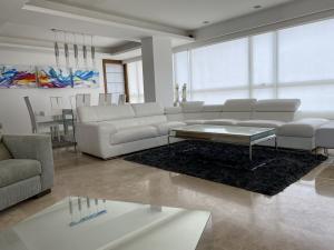 Apartamento En Ventaen Maracaibo, La Lago, Venezuela, VE RAH: 20-17931