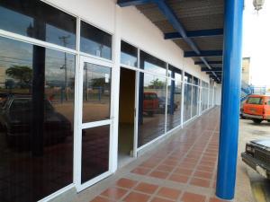 Local Comercial En Ventaen Barcelona, Zona Industrial Los Mesones, Venezuela, VE RAH: 20-17952