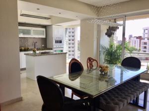 Apartamento En Ventaen Maracaibo, Bellas Artes, Venezuela, VE RAH: 20-17980