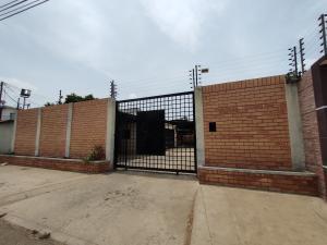 Galpon - Deposito En Alquileren Maracaibo, Circunvalacion Uno, Venezuela, VE RAH: 20-18001