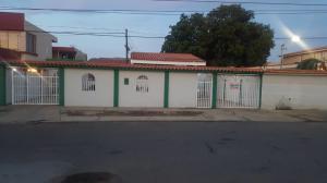 Casa En Ventaen Municipio San Francisco, La Coromoto, Venezuela, VE RAH: 20-18006