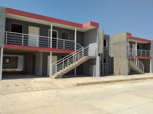 Apartamento En Ventaen Coro, Centro, Venezuela, VE RAH: 20-18007