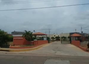 Townhouse En Ventaen Maracaibo, Via La Concepcion, Venezuela, VE RAH: 20-18013