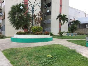 Apartamento En Ventaen Municipio Naguanagua, La Granja, Venezuela, VE RAH: 20-18037