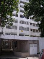 Apartamento En Ventaen Caracas, Los Palos Grandes, Venezuela, VE RAH: 20-18061