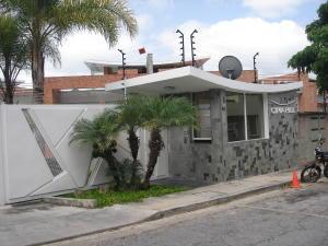 Townhouse En Ventaen Caracas, Alto Hatillo, Venezuela, VE RAH: 20-18116