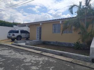 Casa En Ventaen Cabudare, Santa Cecilia, Venezuela, VE RAH: 20-18126