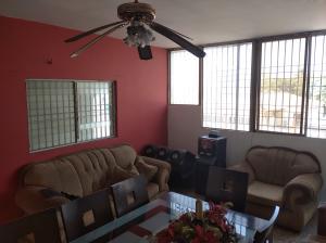 Apartamento En Ventaen Municipio San Francisco, Sierra Maestra, Venezuela, VE RAH: 20-18133