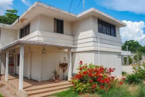 Casa En Ventaen Maracaibo, Calle 72, Venezuela, VE RAH: 20-18135