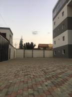 Edificio En Ventaen El Tigre, Sector Avenida Jesus Subero, Venezuela, VE RAH: 20-18161
