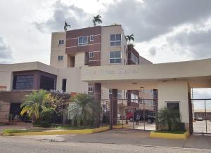 Apartamento En Ventaen El Tigre, Sector Avenida Jesus Subero, Venezuela, VE RAH: 20-18192
