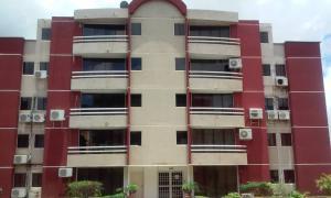 Apartamento En Ventaen El Tigre, Sector Avenida Jesus Subero, Venezuela, VE RAH: 20-18195