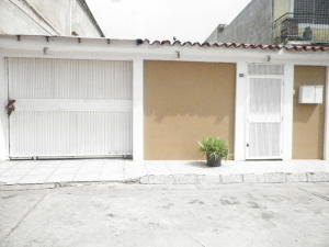Casa En Ventaen Barcelona, Vista Hermosa, Venezuela, VE RAH: 20-18210