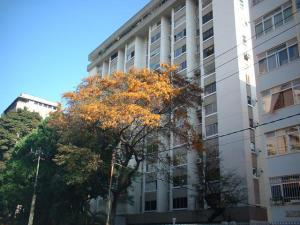 Apartamento En Ventaen Caracas, Los Palos Grandes, Venezuela, VE RAH: 20-18252