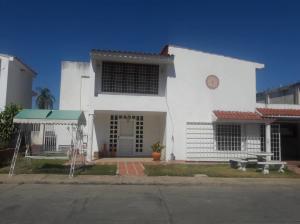 Casa En Ventaen Ciudad Ojeda, Venezuela, Venezuela, VE RAH: 20-18237