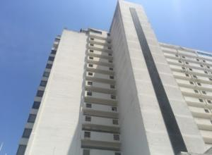 Apartamento En Ventaen Margarita, Porlamar, Venezuela, VE RAH: 20-18240