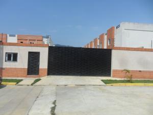 Townhouse En Ventaen Municipio Naguanagua, Manantial, Venezuela, VE RAH: 20-18289