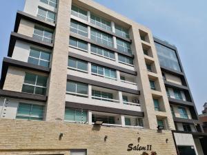 Apartamento En Ventaen Caracas, Los Naranjos De Las Mercedes, Venezuela, VE RAH: 20-18293